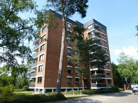 Im Ortszentrum: 3-Zi.-Wohnung mit Loggia und Fahrstuhl