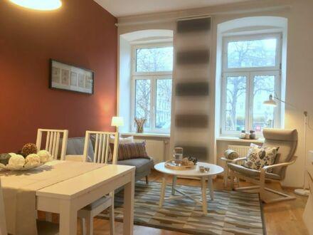 2 wunderschön renovierte Zimmer, groß und geräumig