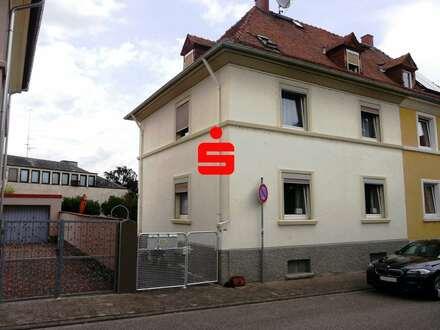 Stilvolle und Charmante Doppelhaushälfte