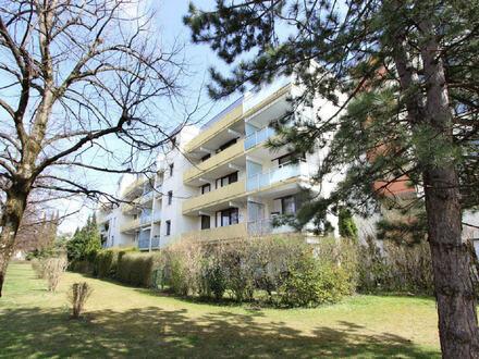 Penthouse Wohnung mit 2 sonnigen Balkonen und 2 Bädern in ruhiger Lage