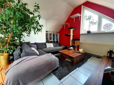 Langen: 3-Zimmer Dachgeschosswohnung mit Balkon in bester Lage!