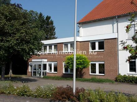 ROSE IMMOBILIEN KG: Büroetage ab 120m² in einem Verwaltungsgebäude zu vermieten!