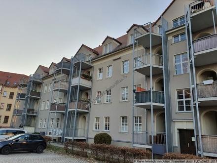 Dachgeschoss in Altchemnitz + Stellplatz + Einbauküche möglich