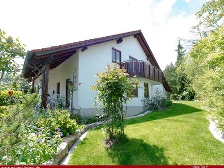 *** Zweifamilienhaus in Söflingen mit herrlichem Garten! ***