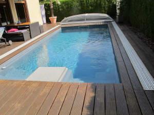 Wunderschöne Villa mit Garten und Aussenpool in Tüßling