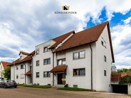 Schöne 2 Zi Eigentumswohnung mit Balkon, TG-Stellplatz