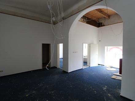 Achtung Baustelle! Kernsanierte Büroflächen in bester Lage von Varel!