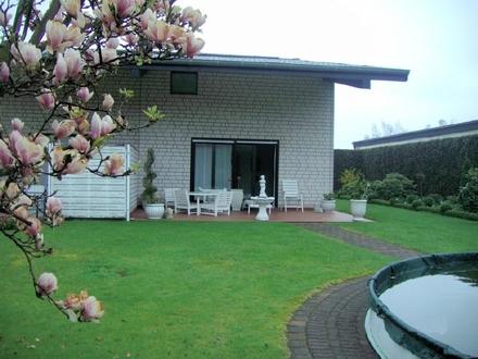 Großzügiges Haus mit Halle im Mischgebiet von Sendenhorst!