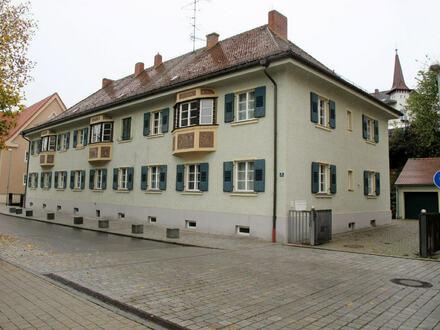 + + Preisanpassung + + ...schönes solides Renditeobjekt z. Vermietung o. Eigennutzung - zentral gelegenes Mehrfamilienhaus…