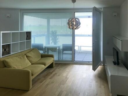 Einziehen und Wohlfühlen: Möblierte Neubauwohnung mit Sonnenbalkon