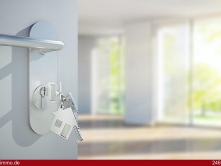 Bad Boll: Exklusive, neuwertige 4 1/2 Zimmer-Wohnung mit großem Balkon und Stellplatz