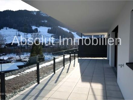 ERSTBEZUG! Attraktive Penthousewohnung zur MIETE, mit großer Terrasse, TG-Platz und Panoramablick!