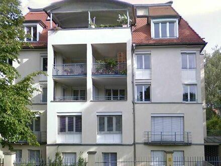 Traumhafte Wohnung in bester Lage in DD-Striesen!