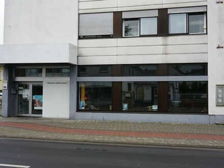 ARNOLD-IMMOBILIEN: Ladenlokal/Büro/Praxis in guter Lage