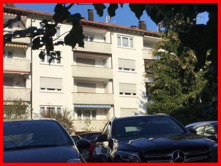 Gepflegte und helle Wohnung mit Balkon und Garage!