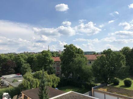 Hübsche City-Wohnung für Junggebliebene mit herrlicher Aussicht