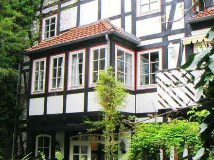 METEOR IMMOBILIEN : Behaglicher, großzügiger Komfort mitten in der Altstadt