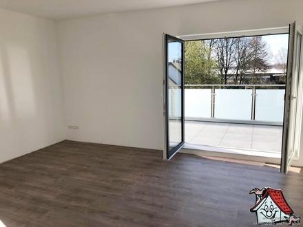**Erstbezug** 2 ZKB Wohnung mit Dachterrasse zu vermieten!!