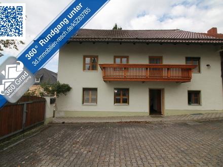 Wohnen und Leben wie auf einem Hof | 3-Zimmer-Wohnung mit EBK, Tageslichtbad und großer Grünanlage