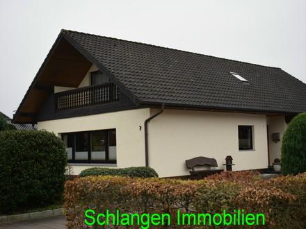 Objekt Nr. 19/837 Einfamilienhaus mit Garage und D-Carport im Seemannsort Barßel / OT Harkebrügge