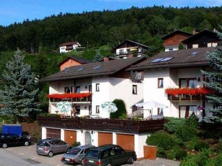 Freistehendes Haus mit Ferienwohnungen in sehr reizvoller Lage Niederbayerns