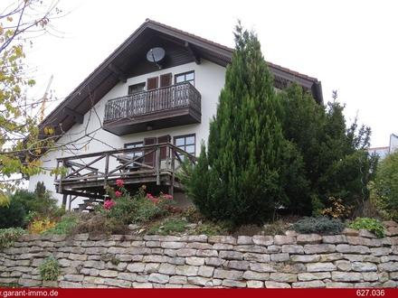 *Das Zuhause mit großer Galerie, Veranda, zwei Terrassen und großem Garten*