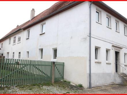 renovierungsbedürftiges Zweifamilienhaus sucht Handwerker - zentral in Lehrberg