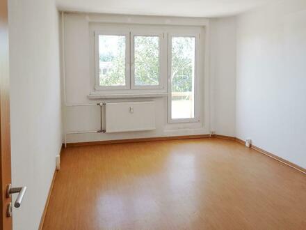 **HEREINSPAZIERT**3-Zimmer //Balkon//Tageslichtbad+Wanne// 2.Etage