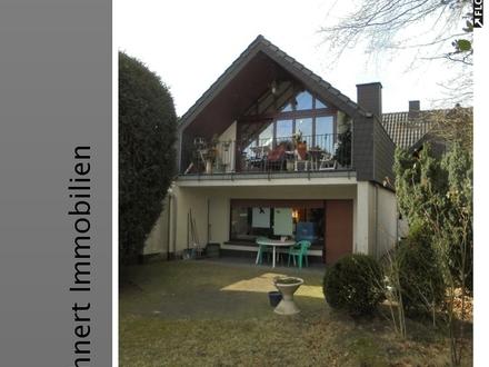 Generationenwohnen...! Großzügige Zweifamilien Doppelhaushälfte in Marl - Blumensiedlung