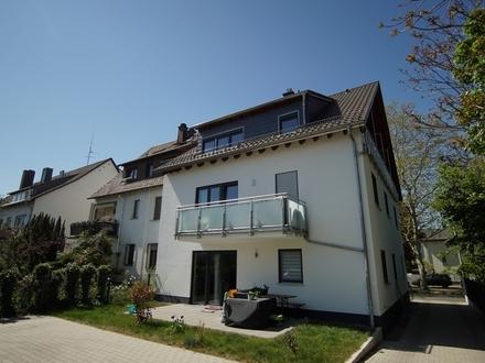 Neu-Isenburg: Neuwertige und moderne 3-Zimmer-Maisonette-Wohnung mit Balkon!