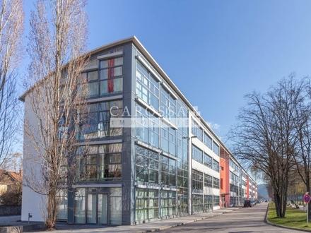 Helle Büroräume mit moderner Ausstattung im Dachgeschoss ab 150 m² bis 750 m²