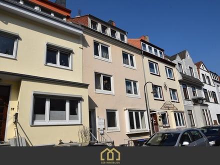 VERKAUFT: Neustadt / Anlage: Gepflegte 3-Zimmer-Wohnung mit Balkon