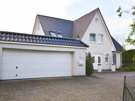 Idyllisch & stilvoll: Ein Traum von Haus nur wenige Meter von der Elbe entfernt...