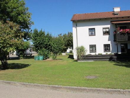 Sehr gepflegte 2-Zi. Erdgeschoss Wohnung mit Terrasse in Mühldorf