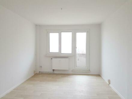 Schöne 4 Raum Wohnung