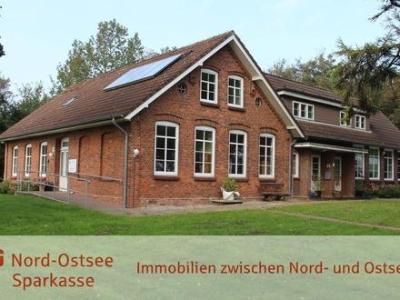 Das ideale Haus für eine große Familie, zwei Generationen oder um Wohnen und Arbeit zu verbinden.