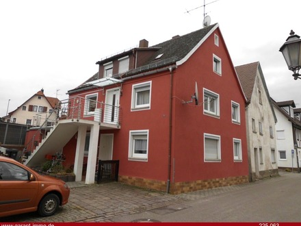 Gepflegtes Zweifamilienhaus in der Stadtmitte von Neresheim