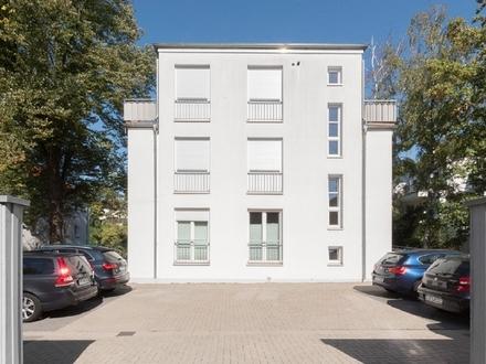 Hochwertige 5-Zi.-Wohnung mit Balkon und Weserbezug in ruhiger Gartenlage
