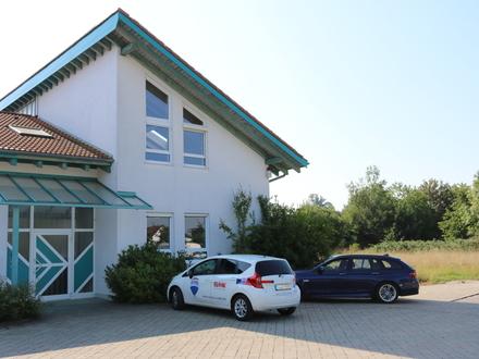 Verschiedene Flächen möglich - ab ca. 40 m² bis über 300 m² - Praxis-/Büroräume