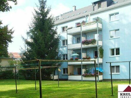 1. Monat mietfrei! Sonnige 2 Raumwohnung in idyllischer grüner Lage mit Balkon!