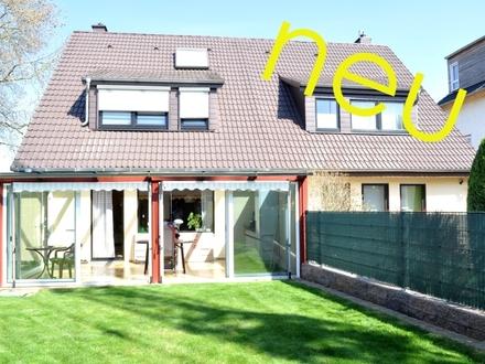 Einfach einziehen und wohlfühlen ! Hervorragende Doppelhaushälfte mit tollem Garten, Garage, Carport und vielen weiteren…