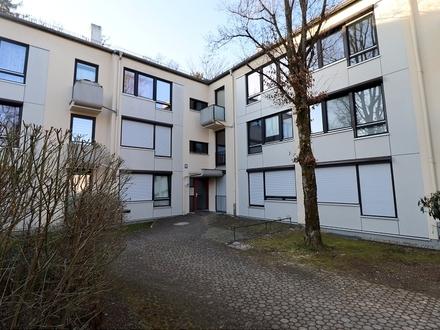 Ruhig gelegene Mietwohnung mit Tiefgaragenstellplatz im Münchener Süden!