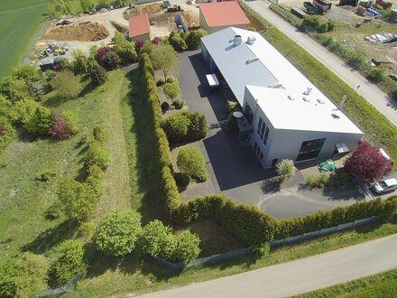 Oldtimer Werkstatt mit Wohnkomplex im Grünen. Raum Würzburg zu verkaufen