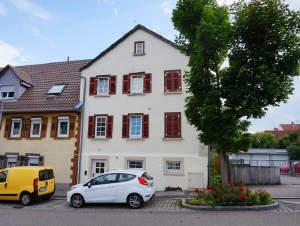 ANLEGER AUFGEPASST - 3-Familienhaus in guter Lage von Vaihingen/Enz
