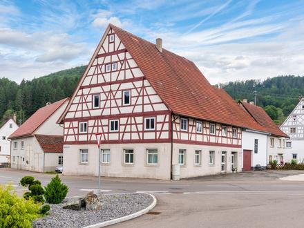 Mit Schmuckkästchen kennen wir uns aus- Wunderschönes Fachwerkhaus mit viel Potential zu verkaufen!