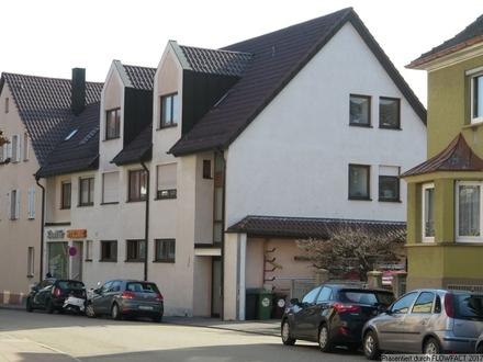 Werkstatt mit Laden, Büro und Lager sowie Garagen und Innenhof in Stuttgart Weilimdorf !