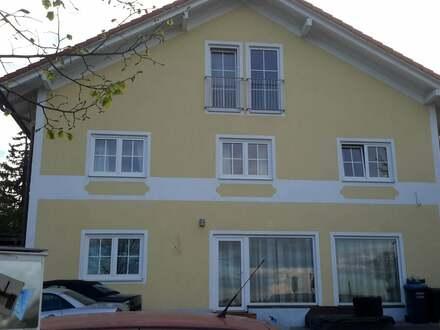 Kapitalanlage o. Eigennutzung!! Mehrfamilienhaus mit 4 Wohnungen,1x DHH, sep. Laden mit Solar.