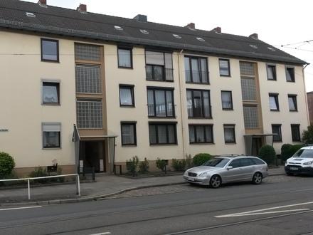 3-Zimmer-Wohnung mit Balkon im Mehrfamilienhaus