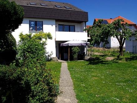 +++RESERVIERT+++Großzügige Doppelhaushälfte mit pflegeleichtem Grundstück - Ahorn OT