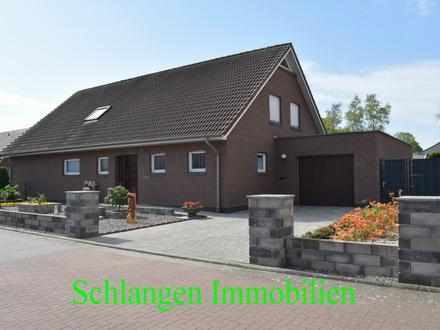 Objekt Nr. 19/817 Exklusives, geräumiges Einfamilienhaus mit Garage und tollem Garten